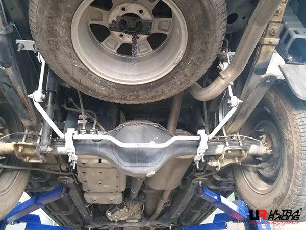 Ultra Racing Rear Sway Bar 19 mm - 12+ Chevrolet Colorado 2.8D (4WD)