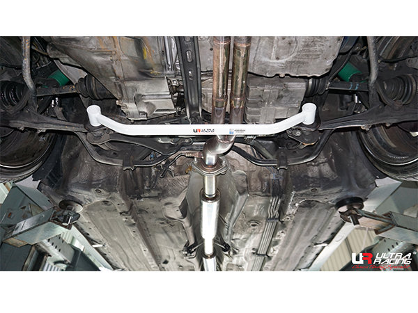 Ultra Racing Front Lower Bar 2-Point - 91-01 Honda Prelude (BB1/BB4/BB5/BB6) H22A (2WD)