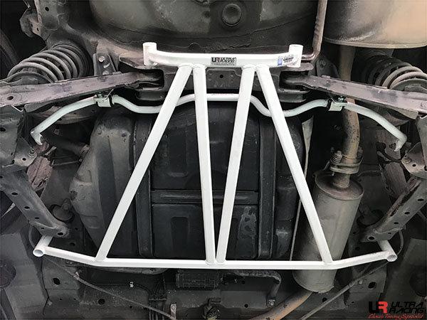 Ultra Racing Rear Sway Bar 19 mm - 06-15 Honda Civic (FB/FD1/FG1/FG2) (2WD)